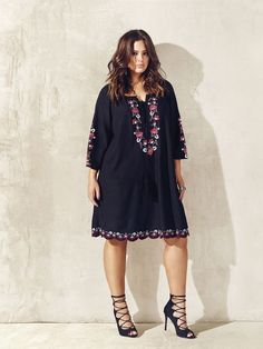 Love & Legend boho embroidered dress from Addition Elle spring 2016 plus size fashion women-clothing. Curvy Girl Fashion, Plus Size Fashion, Boho Fashion, Fashion Women, African Fashion, Mode Hippie, Bohemian Mode, Plus Size Dresses, Plus Size Outfits