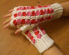 Free pattern from Crochet Parfait: Scrap Heart Fingerless Gloves