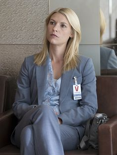 Political pals: Claire Danes said her character Carrie Mathison gets along with President Keane on the program. Claire Danes, Homeland Season 5, Elizabeth Marvel, Carrie Mathison, Mommy Hairstyles, Spy Shows, Billy Crudup, Netflix, Mary Louise Parker