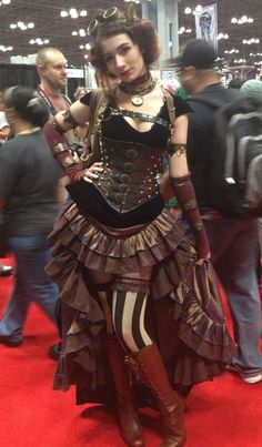 A guide to Steampunk fashion: costume tutorials, Steampunk clothing guide, cosplay photo gallery, updated calendar of Steampunk events, and more. Steampunk Cosplay, Chat Steampunk, Mode Steampunk, Style Steampunk, Steampunk Clothing, Steampunk Fashion, Pirate Cosplay, Steampunk Corset, Steampunk Accessories