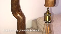 Ein Bijou einer Schwemmholzlampe. Hergestellt 2020 in Chur. Holz aus der Pessur. Fussplatte aus den Bündner Alpen. Chur, Led, Pepper Grinder, Vintage, Light Fixtures, Flagstone, Bedside Lamp, Floor Lamp Base, Ceiling Lamps