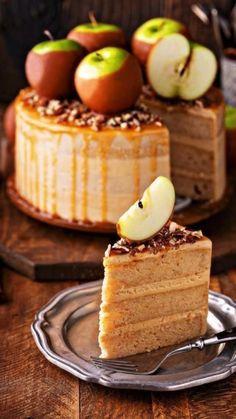 Apple Spice Cake, Easy Apple Cake, Apple Cake Recipes, Dessert Recipes, Apple Cakes, Cookie Recipes, Moist Apple Cake, Fall Cake Recipes, Fall Desserts