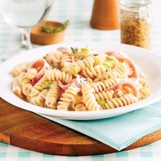 Pork Recipes, Cooking Recipes, Healthy Recipes, Sauce Crémeuse, Pasta, Fusilli, Calzone, Mozzarella, Ham