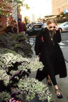 Mary-Kate and Ashley out in NYC later in the day on October 19, 2016