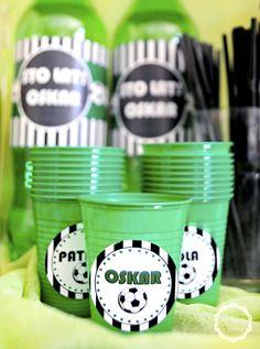 urodziny piłkarskie -organizacja przyjęć, piłka nożna kubeczki z etykietką