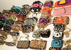 purses, sparkly sequin clutches, glitter and more. behind the scenes runway Gucci Purses, Gucci Handbags, Cheap Gucci, Animal Bag, Luggage Cover, Wholesale Handbags, Online Collections, Cheap Bags, Vera Bradley Backpack