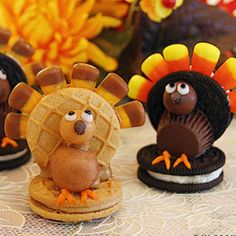 4 Thanksgiving Dessert Recipes That Can Make A Great Addition To Your Holiday Meal Thanksgiving Cookies, Thanksgiving Recipes, Fall Recipes, Holiday Recipes, Thanksgiving Turkey, Holiday Foods, Holiday Fun, Thanksgiving Projects, Happy Thanksgiving