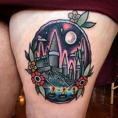 OLD SCHOOL TATTOOS 올드스쿨타투 ✍ (@oldschooltatts) on Instagram: Hogwarts by: @avalondesu || follow for more old school tattoos!