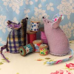 Mouse Pincushions Free Pattern |