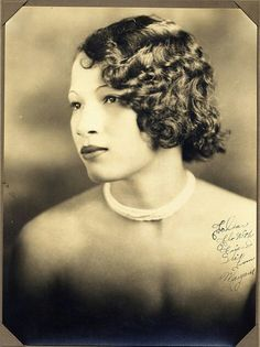 1920's AFRICAN -AMERICAN FLAPPER