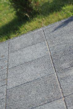 Płytka chodnikowa Polbruk. Więcej informacji tutaj: http://www.polbruk.pl/product/plyta-chodnikowa/