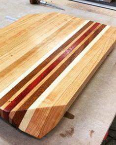 Cutting board in Cherry, Maple, Kia and Padauk. End Grain Cutting Board, Diy Cutting Board, Butcher Block Cutting Board, Unique Furniture, Industrial Furniture, Furniture Ideas, Home Workshop, Serving Board, Woodworking Ideas