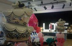 Wedding cake foil balloons vipballoons.co.uk