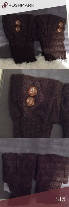 Ankle, Knee or Wrist Warmers Stay warm with these Ankle, Knee & Wrist warmers. Don't let that cold air this winter get to your knees, Ankles or Wrist area. Stay nice and comfy in these cable knit warmers. Color is Brown. Brand New! Please no low ball offers. Accessories Gloves & Mittens