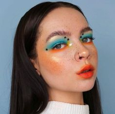 Daring makeup looks are totally in right now and here are 18 different looks to try ASAP. Glam Makeup, Indie Makeup, Cute Makeup, Girls Makeup, Pretty Makeup, Makeup Art, Makeup Tips, Beauty Makeup, Gorgeous Makeup