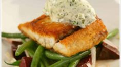 Pan-fried barramundi with green beans recipe : SBS Food