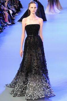 HOLY FUCK I NEED THIS! Elie Saab Spring/Summer 2014