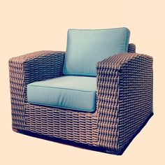 A #photo a #day keeps the #doctor away or at least it pays the bills  #new #wicker set coming soon to www.wickerparadise.com - @socialwicker