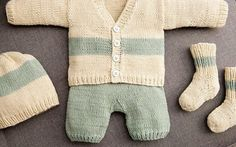 Baby Knitting Patterns Pants DIY Instructions: Set for baby knit: jacket, pants, stockings and hat via . How To Start Knitting, Knitting For Kids, Cute Baby Clothes, Diy Clothes, Knitting Patterns Boys, Crochet Patterns, Baby Vest, Patterned Socks, Baby Socks