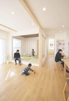 春日市【T様邸】光・風・視線・動線・収納にこだわった心地よい家、完成いたしました! | 福岡・唐津の注文住宅 ロイヤルハウス(有)イモト Japanese Interior Design, Home Interior Design, Interior Colors, Japanese Style House, Style Japonais, Minimal Home, Decoration Inspiration, Vintage Design, Dream Decor