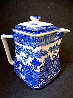 Tea Pot, Blue Willow