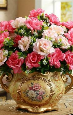 Cheap vase brass, Buy Quality vase light directly from China accessori Suppliers: Ceramic vase, weddings and Christmas decoration, home decoration products Beautiful Roses, Beautiful Flowers, Office Ornaments, Cheap Vases, Retro Crafts, Happy Birthday Flower, Corporate Flowers, Arte Floral, Ceramic Vase