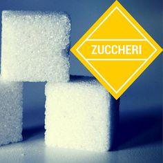 Lo zucchero è uno degli alimenti più amati e odiati allo stesso tempo. Ma la vita, ahimè, ogni tanto ci riserva qualche amarezza e quindi bisogna addolcirla… come però? Quale zucchero è meglio usare? Quello bianco o di canna? Fruttosio ? La pastiglietta #dolcificante? Ce ne sono tanti (troppi!) – vediamo di capire come funzionano.  #zucchero #fruttosio #zuccherodicanna
