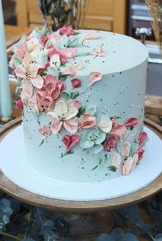 Elegant Birthday Cakes, Beautiful Birthday Cakes, Gorgeous Cakes, Pretty Cakes, Cute Cakes, Amazing Cakes, Flower Birthday Cakes, Makeup Birthday Cakes, Birthday Cake For Mom