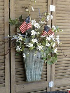 Daisies & Flags Basket Wreath.