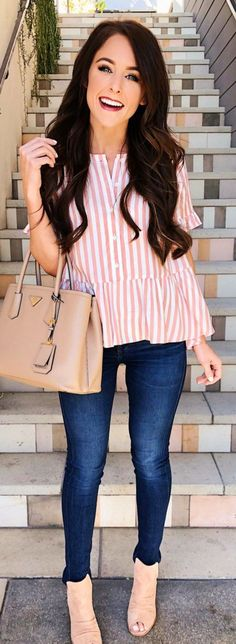 Nice 56 You Need Casual Spring Outfits for Everyday https://outfitmad.com/2018/06/02/56-you-need-casual-spring-outfits-for-everyday/