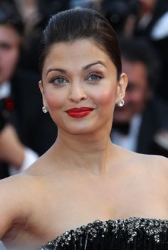 """Aishwarya Rai Bachchan arrives on the red carpet for the screening of """"Tournee"""" by director Mathieu Amalric at the 63rd Cannes Film Festival."""