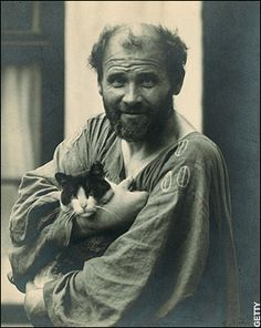 Gustav Klimt, great painter and voice of the Austrian Secessionists, with his katze!  (www.gustavklimtcollection.com)