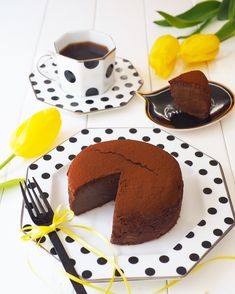 Blink out! Easy Sweets, Sweets Recipes, Cake Recipes, Chocolate Pound Cake, Chocolate Cheesecake, Small Desserts, Cake Cookies, Yummy Cakes, Delicious Desserts