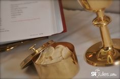 Gluten free communion wafers recipe + history of gluten in the Eucharist and how to get a gluten free host at your church.  gfJules.com #glutenfree #communion #Eucharist #church