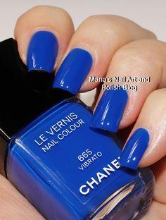 Chanel Vibrato 665 Chanel Nail Polish, Chanel Nails, Cute Nail Colors, Nicole By Opi, Dark Red Lips, Nail Art Blog, Picture Polish, Chanel Beauty, Makeup Store