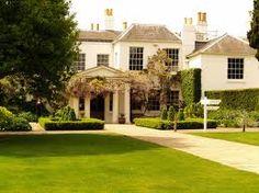 Pembroke Lodge, my wedding venue