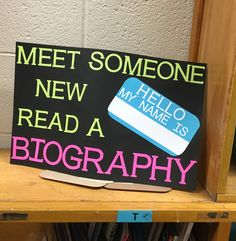 School Library Decor, School Library Displays, Library Decorations, Middle School Libraries, Library Work, Elementary School Library, Library Ideas, Library Signs, Library Posters