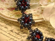 Etna elegant bracelet beaded with glass beads and red glass