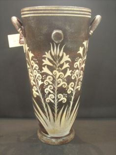 Late Minoan ware, floral style. Their pottery was so beautiful and geometric!