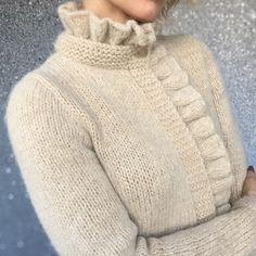 Knitted hats or hobby club - For inspiration. Gilet Crochet, Crochet Cardigan, Knit Crochet, Knitting Designs, Knitting Stitches, Hand Knitting, Knitting Projects, Knitwear Fashion, Knit Fashion