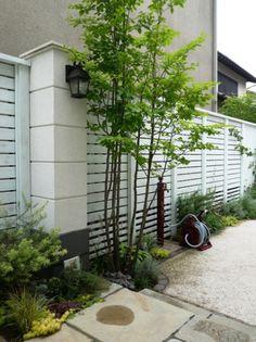 ガーデン施工事例 / ウッドフェンス、目隠し、ホワイトカラー