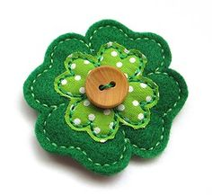 Four Leaf Clover Clip Cover FELT STITCHIES (in the hoop)