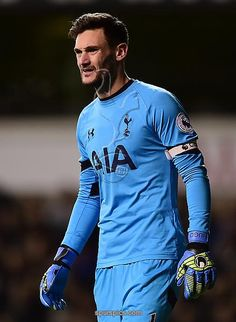 LONDON, ENGLAND - NOVEMBER 19: Hugo Lloris of Tottenham Hotspur looks on during the Premier League match between Tottenham Hotspur and West Ham United at White Hart Lane on November 19, 2016 in London, England. (Photo by Alex Broadway/Getty Images)
