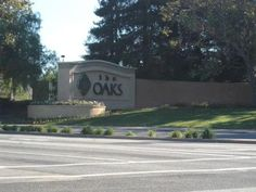 Thousand Oaks Mall just one mile away offers Nordstrom's, Macys, state-of-the-art movie theatres, restaurants and shops for your convenience