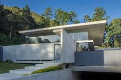 GUAPARO HOUSE by NMD | NOMADAS | Detached houses