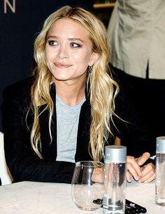Mary Kate Olsen Ashley Olsen Style, Olsen Twins Style, Mary Kate Ashley, Mary Kate Olsen, Pretty People, Beautiful People, Olsen Sister, Cool Girl Style, Solange Knowles