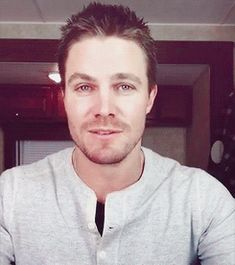 Lady Killer: Stephen Amell on We Heart It