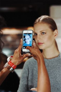Caught in the moment: capturing the beauty look backstage at #RLResort. Photographed by Miguel Yatco.