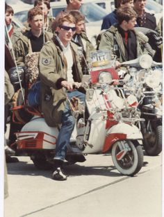 The Scooterist: Scooter rally.
