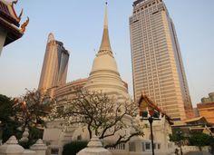 Bangkok Wat Patum white Stupa